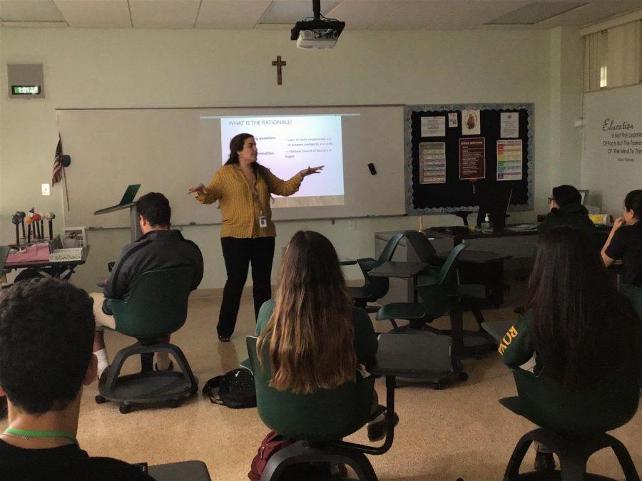 Mrs.+Dalyla+Rodriguez+teaching+one+of+her+many+english+classes.+