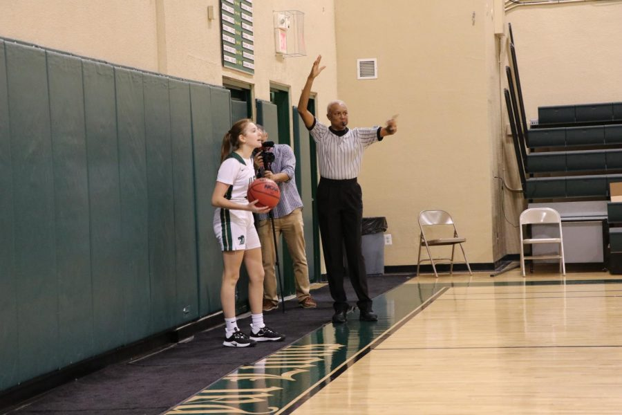 ILS girls varsity basketball won their fourth game in a row last Tuesday.