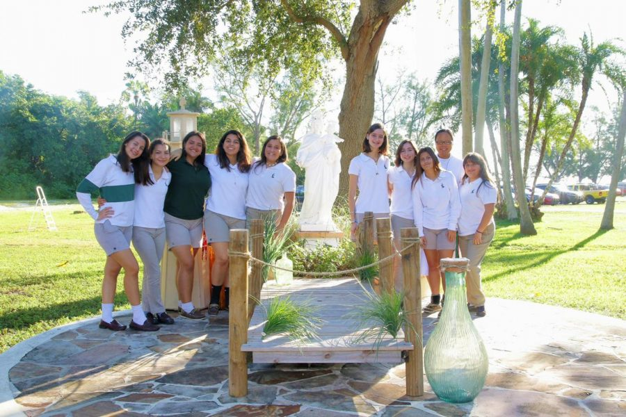 Meet the ILS Marian Club!