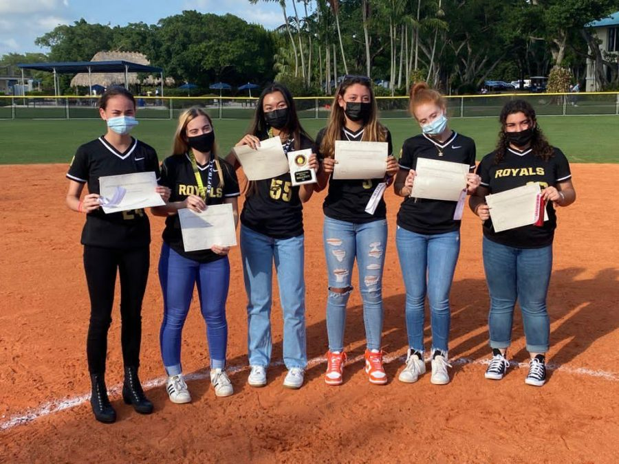 ILS Softball Wins on Senior Night, Represents on All-Conference Team